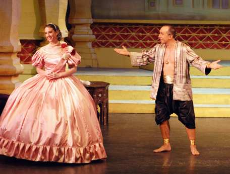 Broxbourne The King and I -- Anna and the King (show picture)